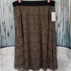 NWT LuLaRoe Lace Green Skirt. 2XL.